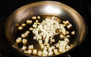 Жульен (жюльен) с шампиньонами на сковороде: рецепт классический, простой, как приготовить пошагово с сыром, со сметаной