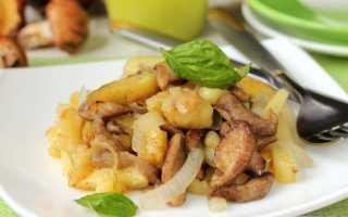 Маслята жареные (тушеные) с картошкой: вкусные рецепты с фото, как приготовить на сковороде, в мультиварке,