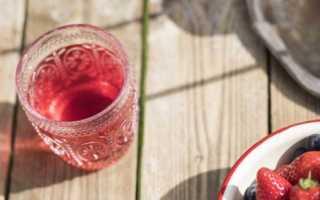 Компот из черной (красной) смородины и клубники: пошаговые рецепты с фото