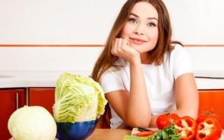 Капуста при грудном вскармливании: в первый месяц и после него, какую можно, как готовить