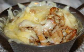 Жульен с лисичками: рецепты приготовления в духовке и на сковороде, фото