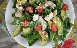 Салат с авокадо и курицей: вкусные пошаговые рецепты с фото