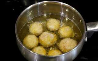 Шампиньоны в кляре: с чесночным соусом, кунжутом и сухарями, рецепты с фото