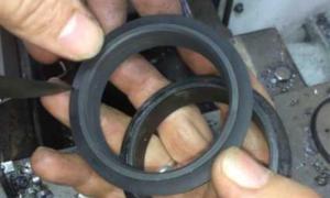 Фрикционное кольцо для снегоуборщика своими руками